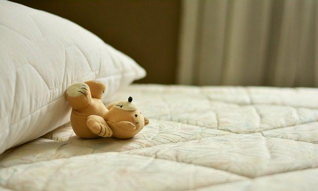 wybór materaca do sypialni