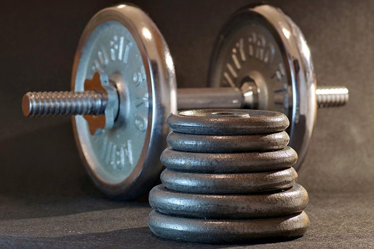 Poznajcie aktywności sportowe, które są przyjemne. Krótki poradnik na temat zdrowego stylu życia z małym przymrużeniem oka