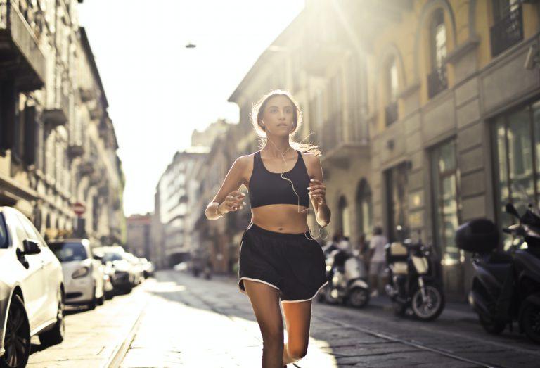 Aplikacje do biegania – które z nich warto zainstalować?